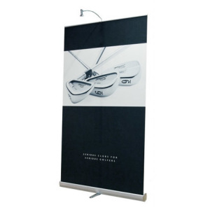 Rolling_banner_stand_with_light